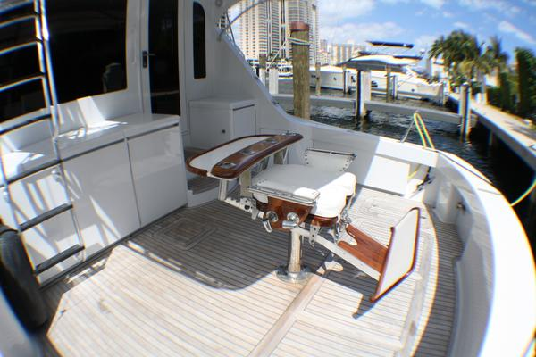 2004 Hatteras 54' 54 Convertible  | Picture 5 of 42