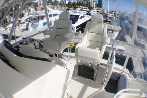 2007 Riviera 51' 51 CONVERTIBLE  | Picture 7 of 38