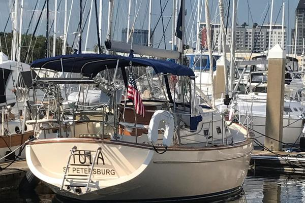 35' Island Packet 350 1998 | Tula