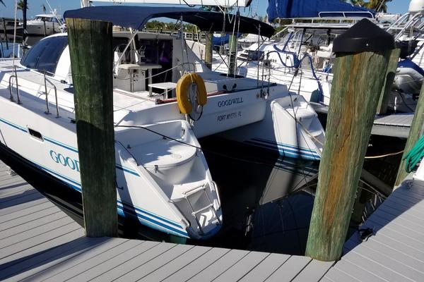 1993Lagoon 37 ft 37   Good Will