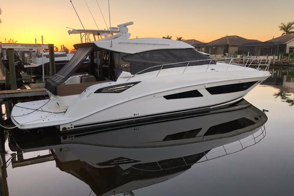 47' Sea Ray 470 Sundancer 2015 |