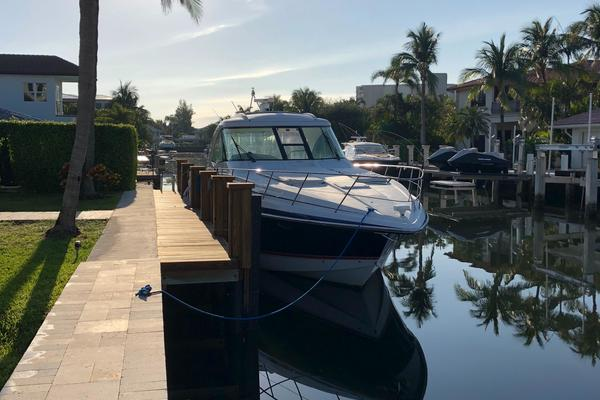 2007 Formula 45' 45 Yacht  | Picture 4 of 40