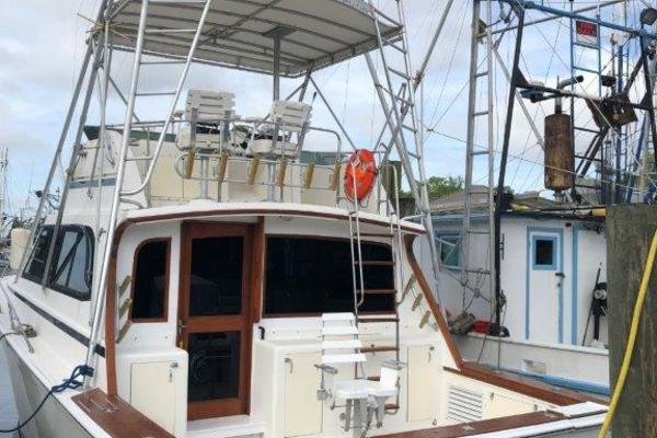 photo of 38' Egg Harbor Convertible 1990