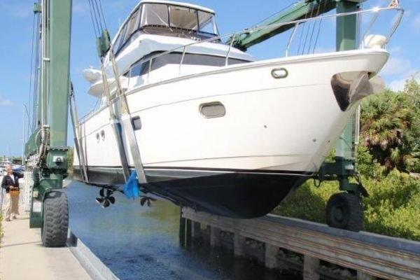 2005 Marquis 59' 59 VIP ONLY   Picture 2 of 111