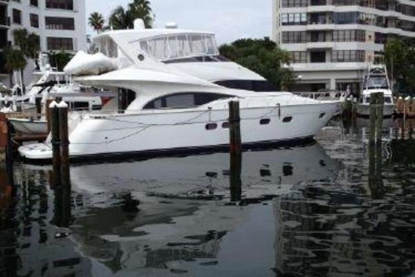Picture Of: 59' Marquis 59 2005 Yacht For Sale | 3 of 111