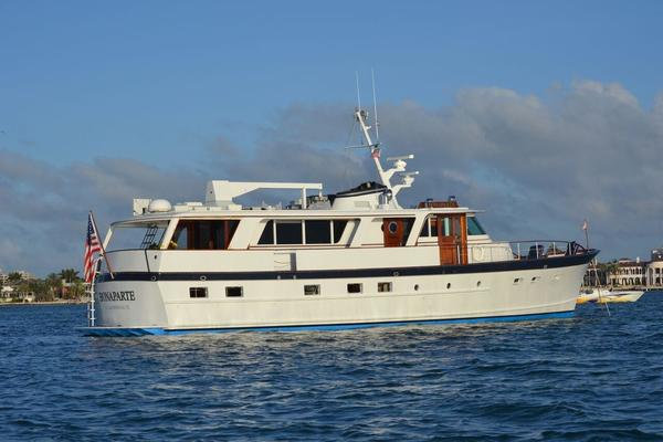 68' Burger 68 Motor Yacht Flush Deck 1964 | Bonaparte