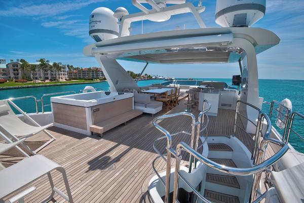 2016Azimut 84 ft Motoryacht   US Spec   KB1