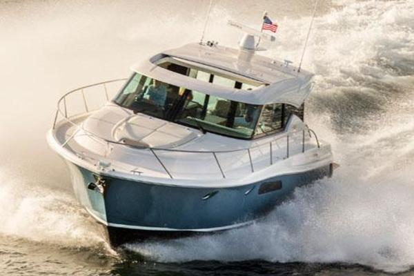 Picture Of: 44' Tiara Yachts 44 Coupe 2016 Yacht For Sale | 4 of 15