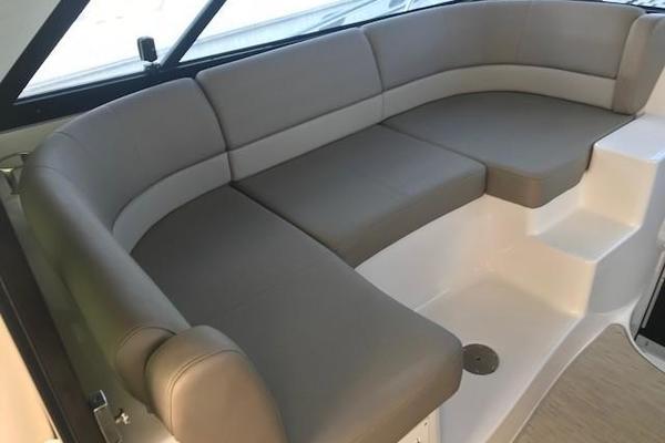 2015Regal 42 ft 42 Sport Coupe
