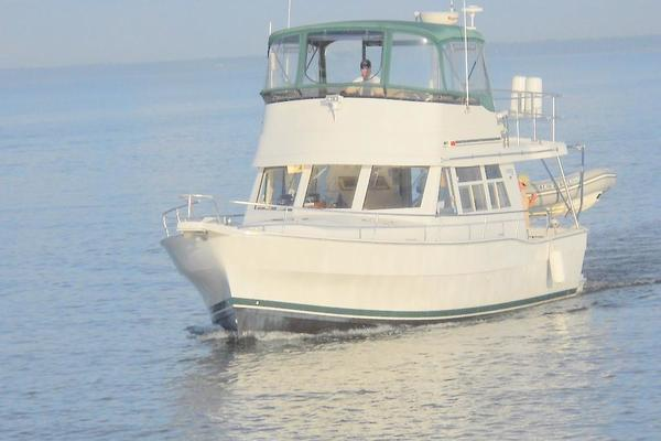 39' Mainship 390 Trawler 2001 | Mutual Fun Ii
