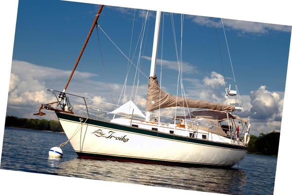 1979Endeavour 37 ft 37 Plan A Layout   Troika