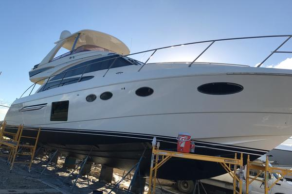 2013Princess 62 ft 60   Sideways