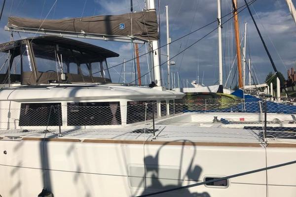 Picture Of: 45' Lagoon 450 2016 Yacht For Sale   3 of 32
