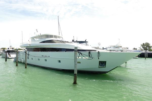 2000 Baglietto 105' Trident  | Picture 3 of 92