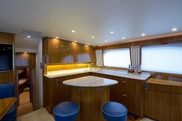 2013Viking 50 ft 50 Convertible   Outlaw