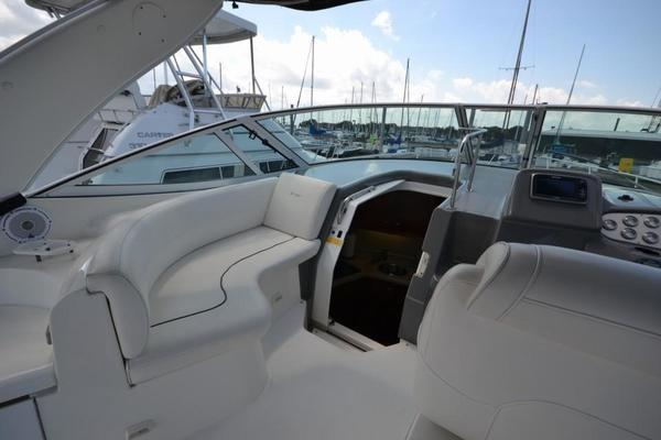 2005Cruisers Yachts 34 ft 340 Express