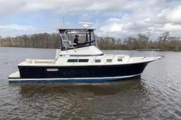 35-ft-Albin-2003-35 Command Bridge-Avalon Madisonville Louisiana United States  yacht for sale