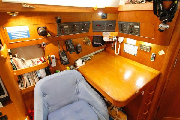 1990Pearson 37 ft 37 2