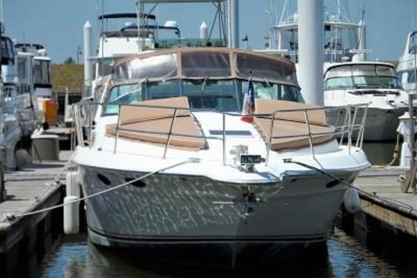 40' Sea Ray Express Crusier 1996 | Sun Dog