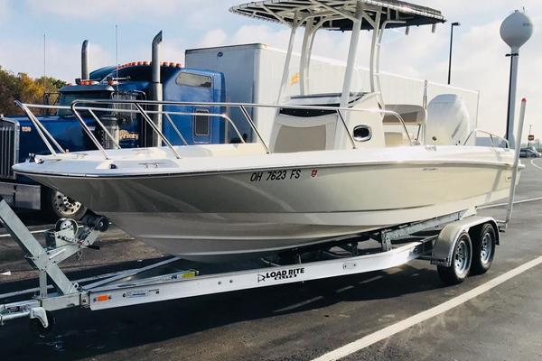 24-ft-Boston Whaler-2017-240 Dauntless- Port Clinton Ohio United States  yacht for sale