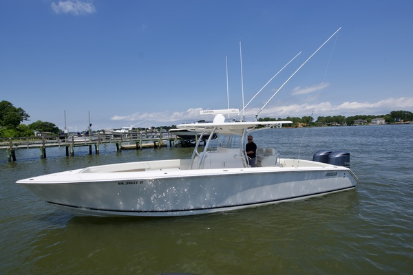 Jupiter 34' 34 Center Console with engine warranty 2012