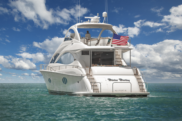 68' Lazzara Flybridge 2007 | Divine Destiny