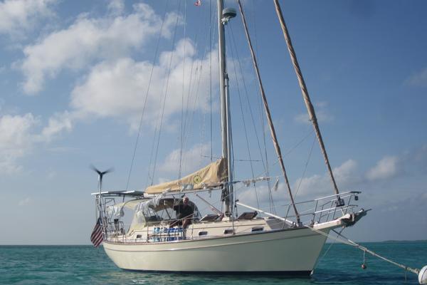 40' Island Packet Cruising Cutter 1998 | Voyageur