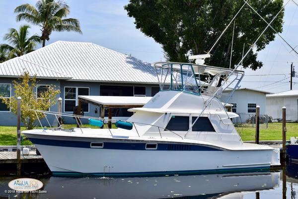 38' Hatteras 38 Convertible 1971 | Top Hatt