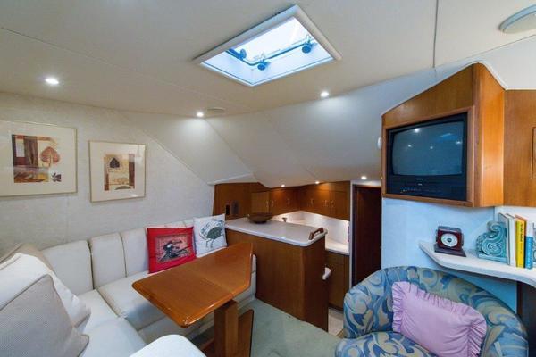 2001Ocean Yachts 40 ft 40 Express   Reel Tour