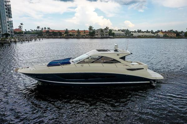 Sea Ray 51' 510 Sundancer 2014