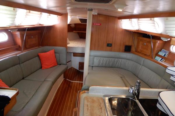 2006Catalina 34 ft 34 MkII   EXHALE