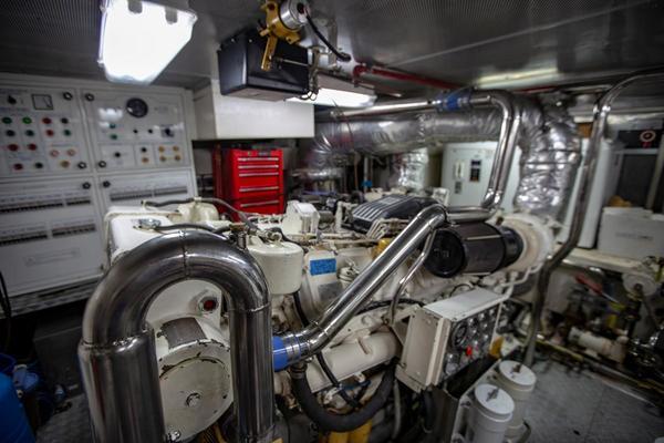 1996 Azimut 78' 78 Ultra Motoryacht Neama   Picture 8 of 36