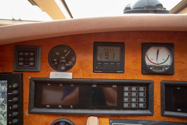1996 Azimut 78' 78 Ultra Motoryacht Neama   Picture 6 of 36