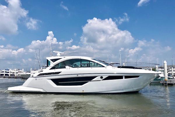 Cruisers Yachts 50' 50 Cantius 2019