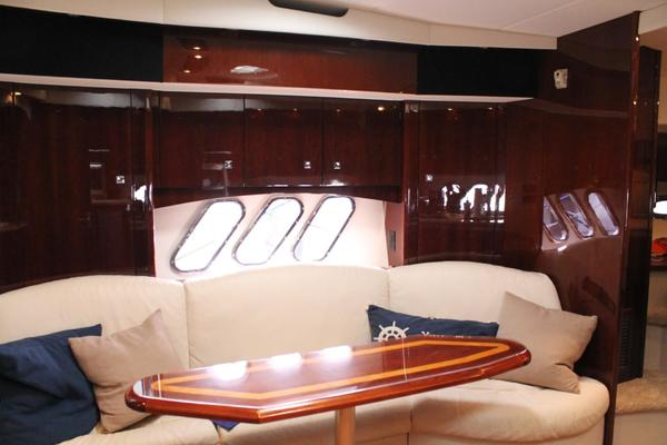 2013 Cruisers Yachts 430 Sports Coupe
