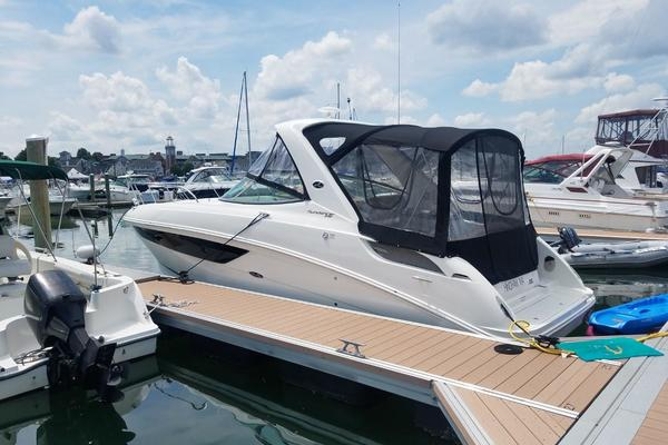31' Sea Ray 310 Sundancer 2016 | Kostas Plenty