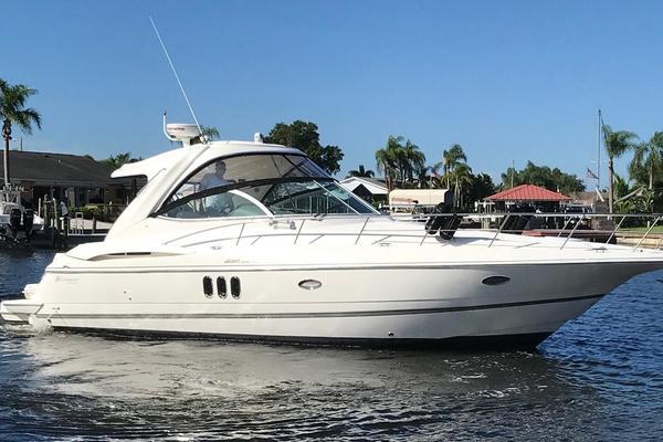 2006 Cruisers 42 Express