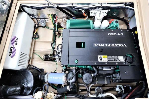 Volvo D4 Engine