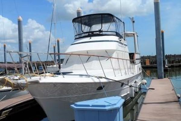 36' Heritage East East 36 Sundeck Trawler 1999 | Water Therapy