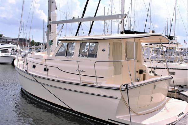 41' Island Packet SP Cruiser 2007 | Myong Hui