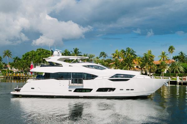 95' Sunseeker 95 Yacht 2017 | Hideout