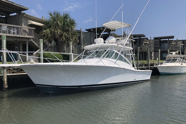36' Luhrs Express 2005 | Miss Marilyn