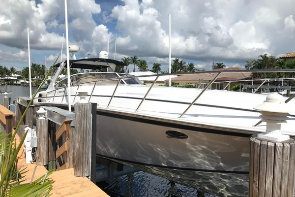 Picture Of: 48' Fountain 48 Express Cruiser 2005 Yacht For Sale | 3 of 66