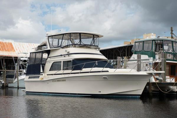 42' Chris-Craft 426 Catalina 1986 | Moon Dancer