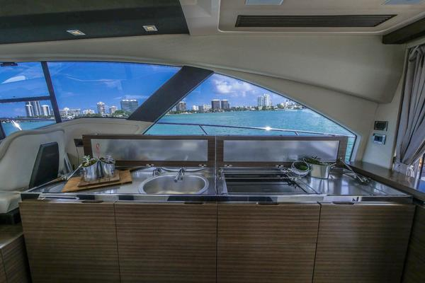 2014 Azimut 55' 55S  | Picture 2 of 107