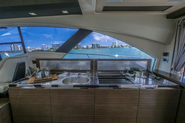 2014 Azimut 55' 55S  | Picture 3 of 107