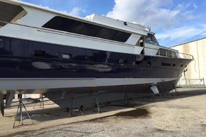 91' Broward Raised Bridge Motor Yacht 1981 STARBOARD PROFILE PIX