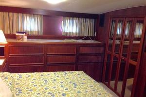 56' Hatteras Motoryacht 1983 Master Stateroom