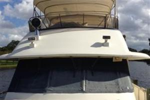 56' Hatteras Motoryacht 1983 Front View of Flybridge