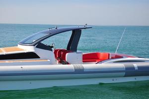 46' Pirelli PZero 1400 Cabin 2018 Port Profile